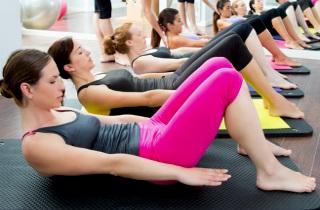 Какая одежда подходит для занятий фитнесом