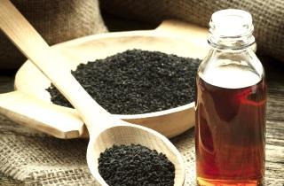 Масло черного тмина для похудения. Как похудеть с маслом черного тмина. Польза масла черного тмина для похудения