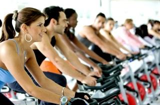 Худеет все тело с помощью упражнений
