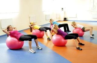 Убираем лишние килограммы с помощью тренировок